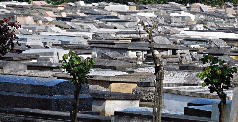 HOOP 12 JEWISH CEMETERY sephardic graves