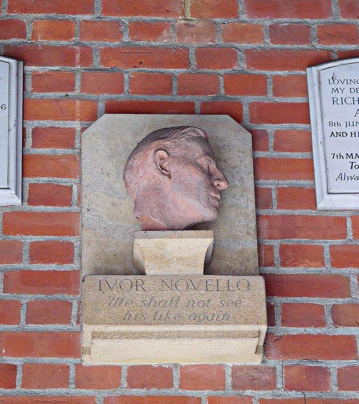 CREMATORIUM Ivor Novello