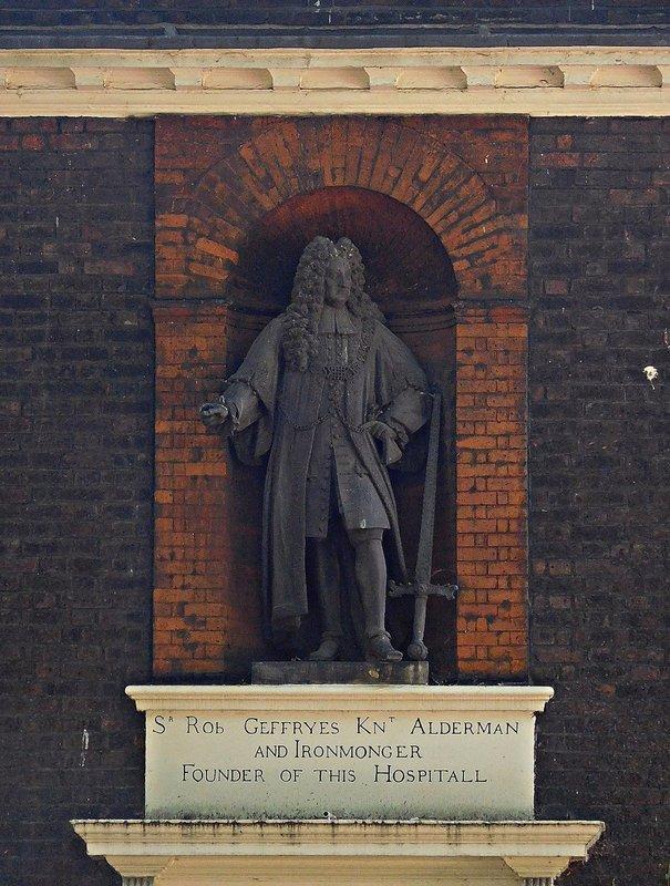 Geffrye statue