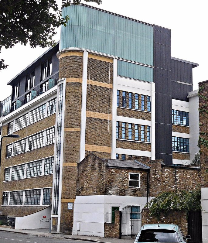 SAE Institute De Beauvoir Crescent