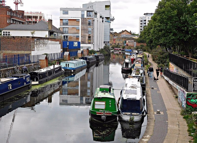 Regents Canal looking west from Whitmore Rd Bridge