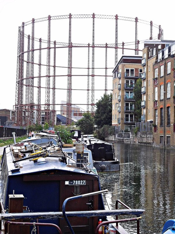 Gasometer on Regents Canal near Pritchard Rd