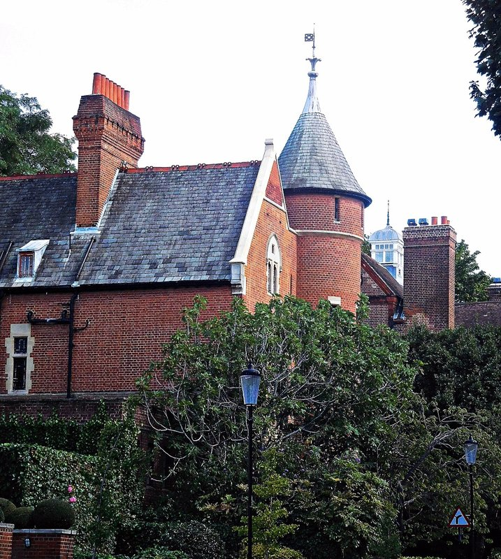 Tower HouseMelbury Road
