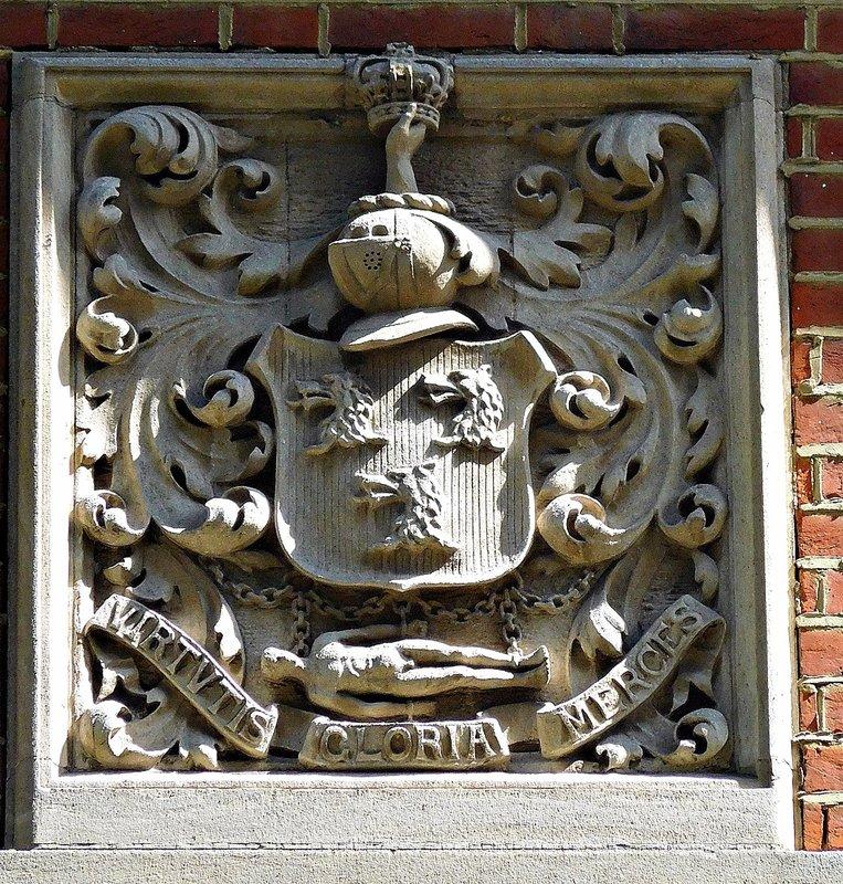 Robertson Clan crest 47 Melbury Rd