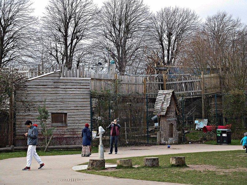 Lloyd Park: Part of play area