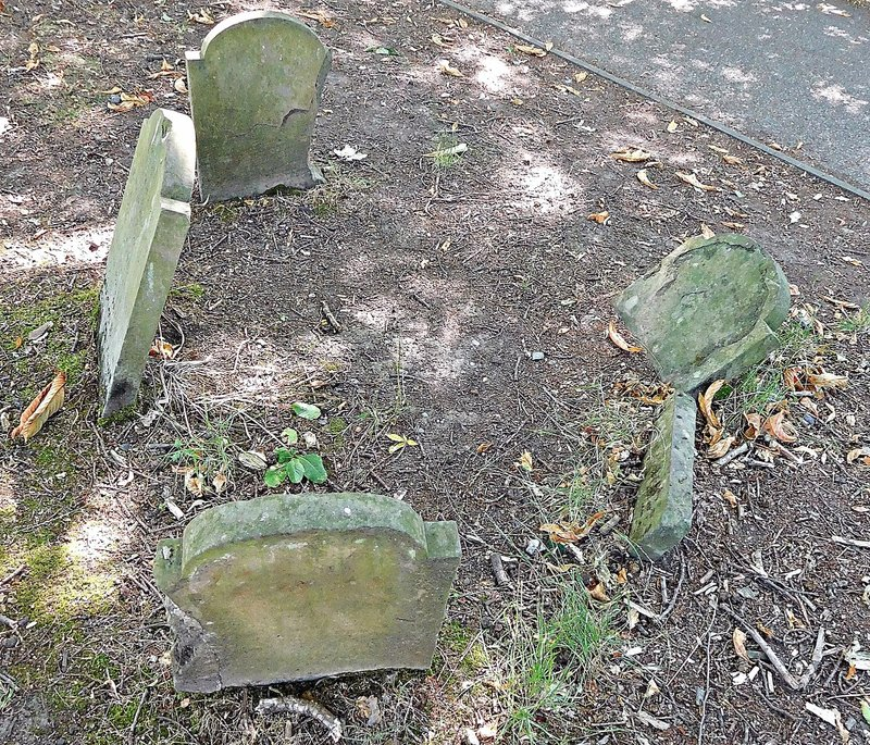 Pinner Memorial Park dog cemetery