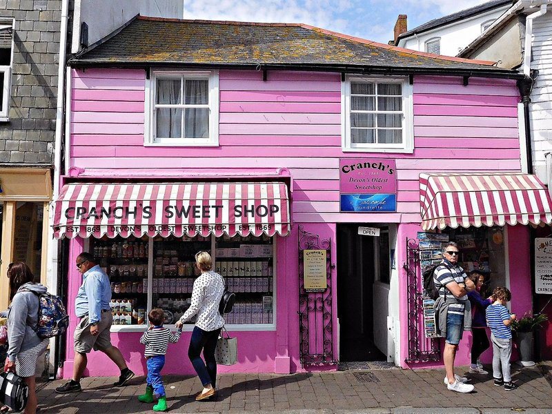 Sweet shop Fore Str Salcombe