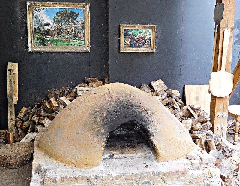 Dalston Curve Garden - pizza oven