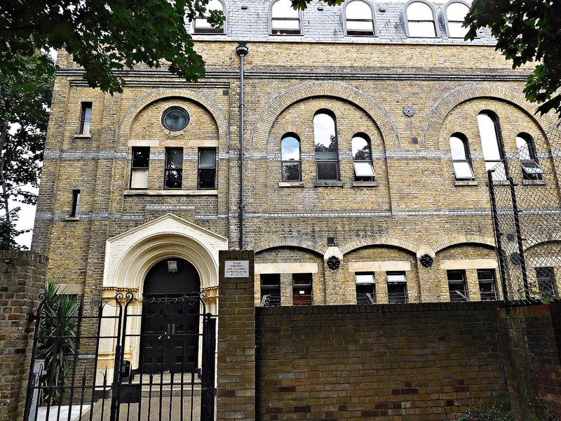 Former East London Synagogue now Temple Court