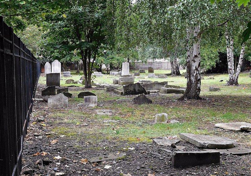 Bancroft Rd Cemetery