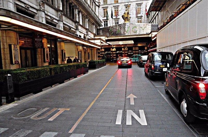 Savoy Hotel driveway