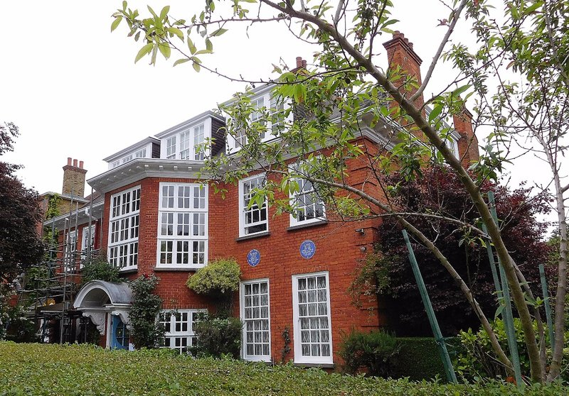 Freud museum Maresfield Gardens