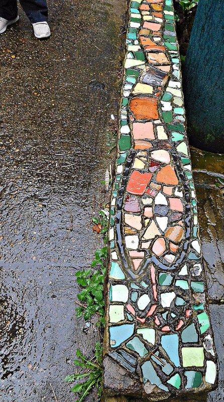 Harleyford Road Community Gardens: a  mosaic