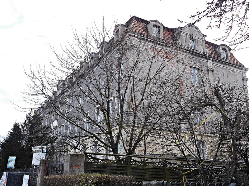 WROCB 5m High School near water tower on Wisniowa