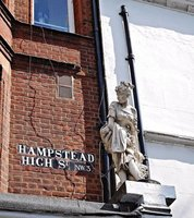 HAMPS 46 Hampstead High Street statue