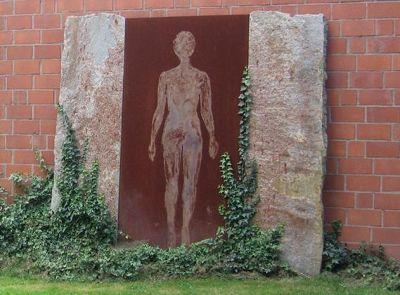 195708184338191-Sculptures_I..ch_Krefeld.jpg