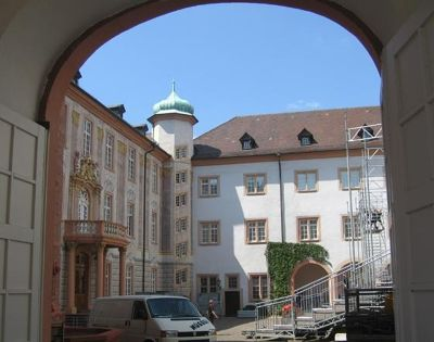 266157844034310-Courtyard_of.._Ettlingen.jpg