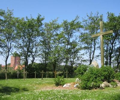3907328-Cemetery_of_the_Unknown_Cuxhaven.jpg