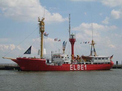 3907360-Feuerschiff_Elbe_1.jpg
