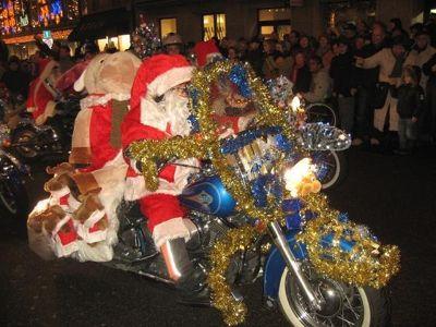 4291322-Harley_Nikolaus_Parade_Basel.jpg