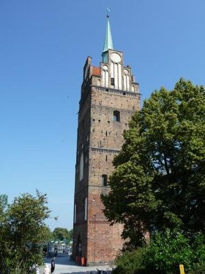 4579221-Kroepeliner_Tor_Rostock.jpg