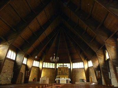 4579914-Neue_Kirche_interior_Wismar.jpg