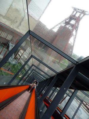 4904910-Zollverein_Mine_Essen.jpg