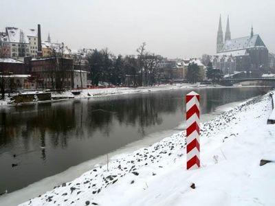 4994013-Winter_view_Zgorzelec.jpg
