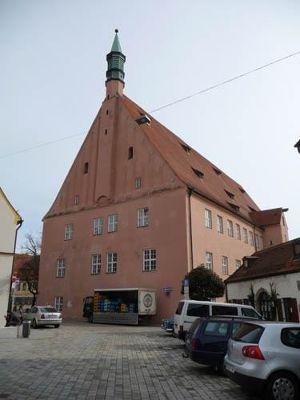 4998444-Hohe_Schule_Ingolstadt.jpg