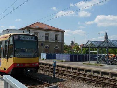 5078730-Tram_Line_S_4.jpg