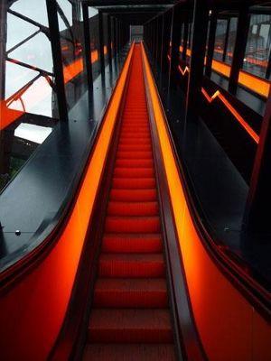 555753074906723-The_orange_e..larm_Essen.jpg