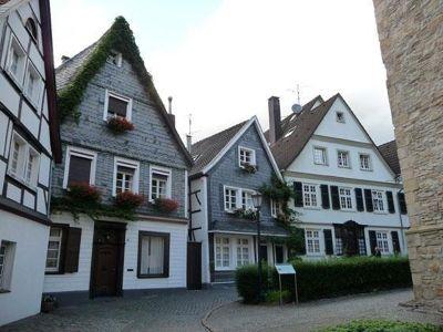 642900924910584-Old_Kettwig_..urch_Essen.jpg