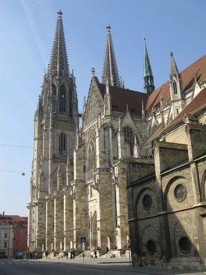 6464812-Dom_Cathedral_Regensburg.jpg