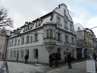 6477816-Fenzl_Haus.jpg
