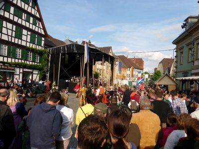 6744219-Peter_und_Paul_Fest.jpg