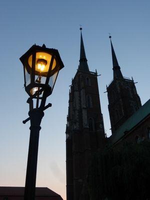 7154377-The_Lantern_Lighter_Wroclaw.jpg