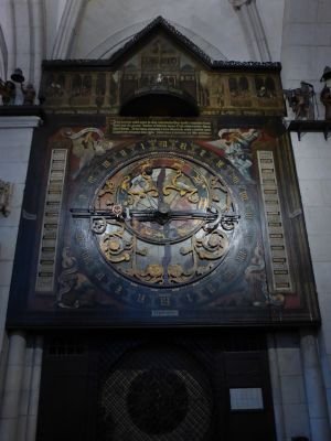7190418-DOM_The_Astronomical_Clock_Muenster.jpg