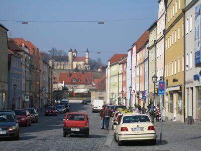 748573646467458-Main_street_..Regensburg.jpg