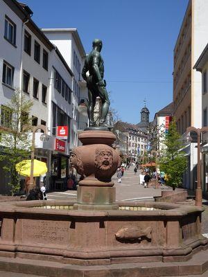 7613194-Shoemaker_fountain_Pirmasens.jpg