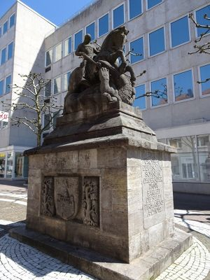 7613195-Bismarck_monument_Pirmasens.jpg