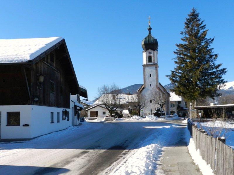 large_121814336771536-The_Hike_2_T..Mittenwald.jpg