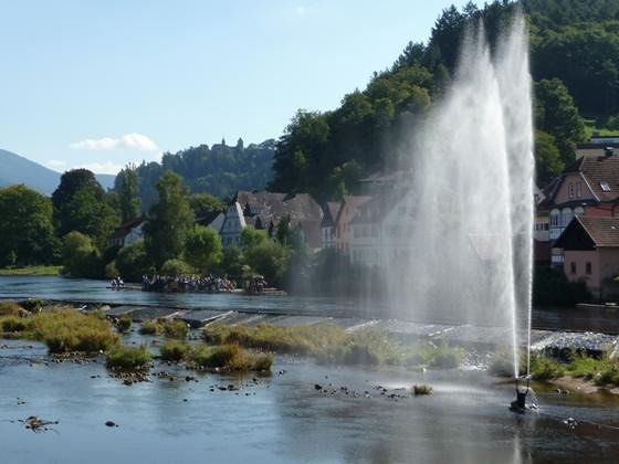 large_251212624918160-Fountain_and.._Gernsbach.jpg