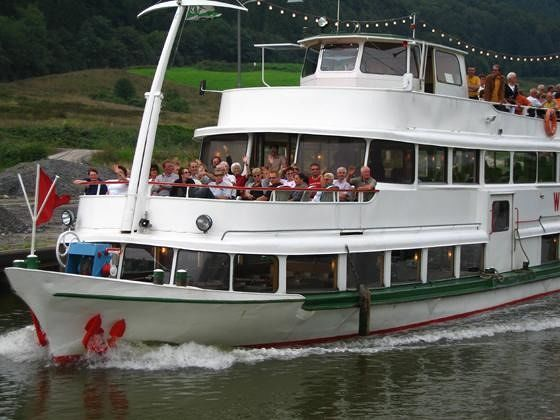 Cruise boat - Zell