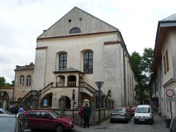 2. Izaak Jakubowicz Synagogue - Krakow