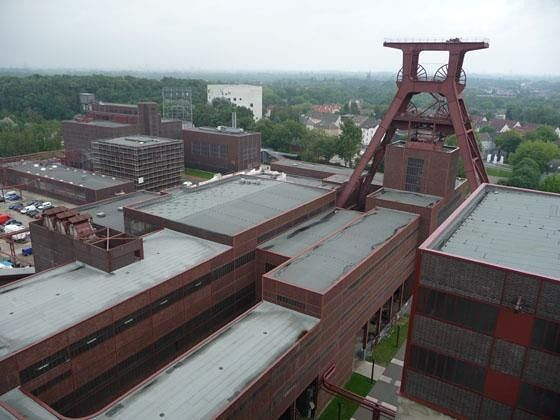 large_4906722-View_from_the_roof_Essen.jpg