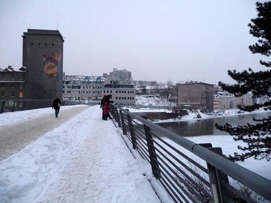 large_4996053-Altstadtbruecke_in_winter_Goerlitz.jpg