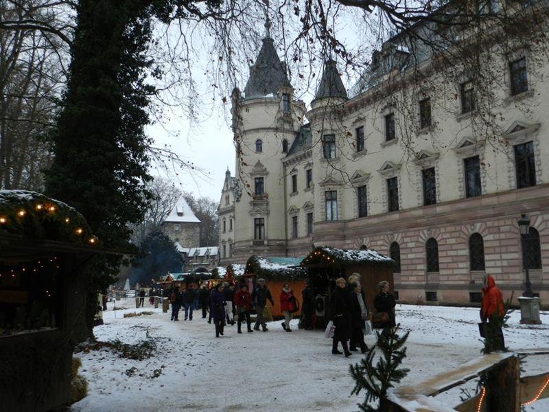 large_532443056464895-Christmas_Ma..Regensburg.jpg