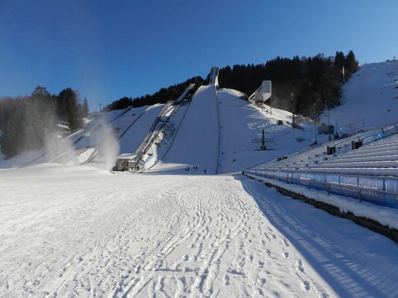 large_6076604-_Garmisch_Partenkirchen.jpg