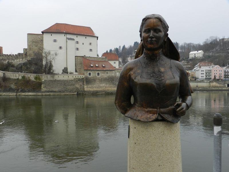 large_644212206754069-Emerenz_Meie..aus_Passau.jpg