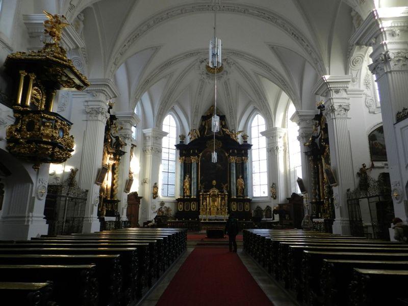 large_6471523-Jesuit_Church_Straubing.jpg